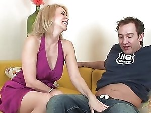 Mature blonde granny in stockings with hairy pussy fucks