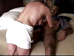 Cuck Husband Films His Wife Taking A BBC !