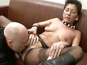 Mature Slut Gets Cream Pie And Facial